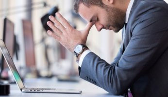 4 Phases of Employee Distress & How to Handle Them
